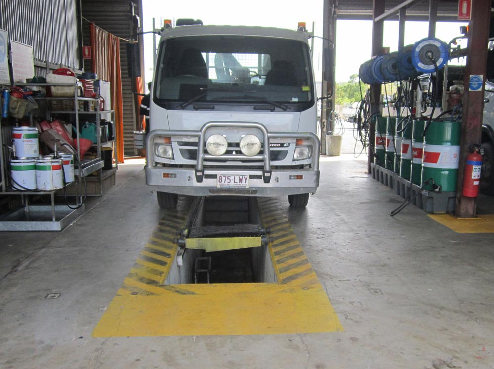 Ultraspin oily water separators for vehicle workshops